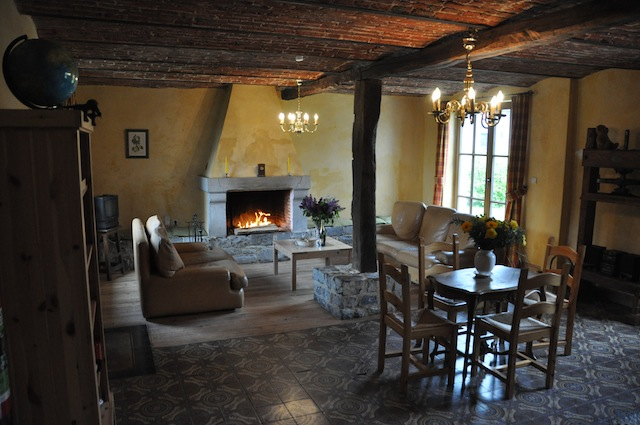 Sit back and relax in the comfortable sofas around the fire crackling in the fireplace.